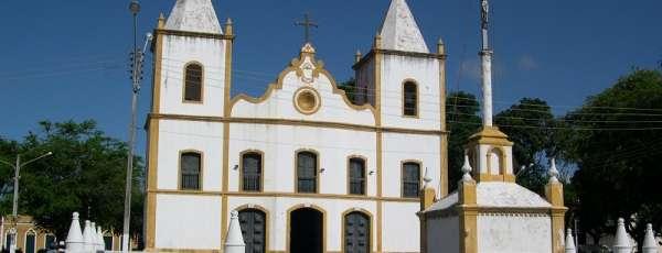 Igreja_Aquiraz.jpg