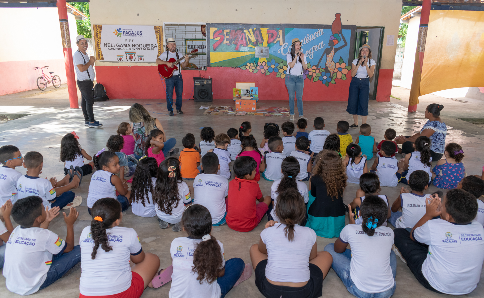 Com apoio da Secult, Seminário Baú de Leitura doa 2.800 livros para cidades do Ceará